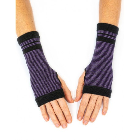 Open glove wool purple